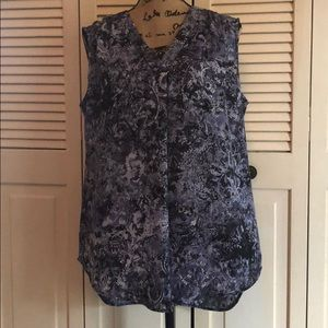 Sleeveless blouse Nine West